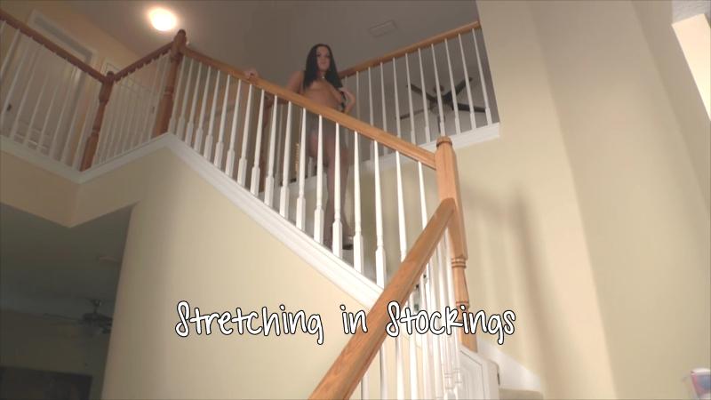 Roxy Raye|Stretching in stockings