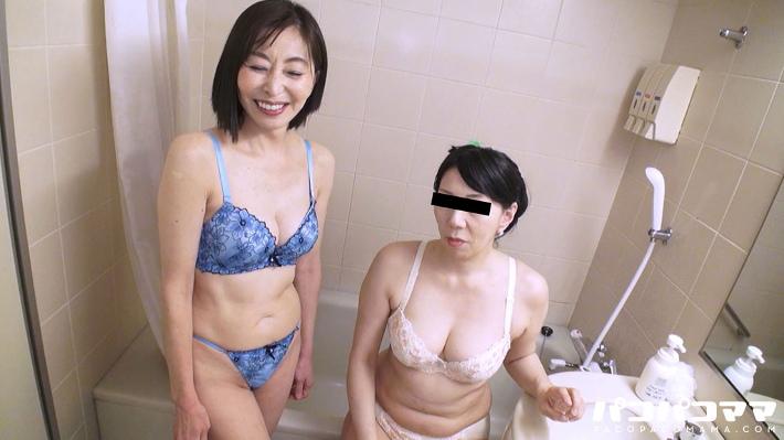 保坂友利子・華城咲 4