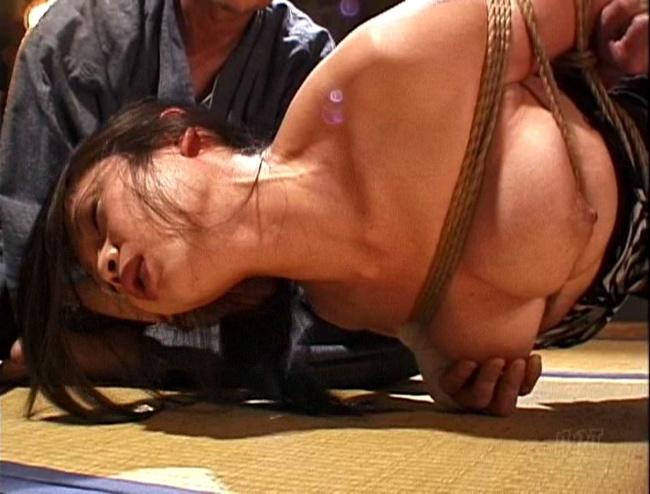 責め縄秘画報 縄悦 其ノ九 友田真希 3