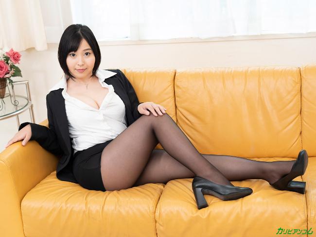 小川桃果 [VR] 美しい人に罵られたい 蒸れた黒パンスト美女が自ら激ピストンで勝手に絶頂 7