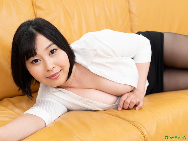 小川桃果 [VR] 美しい人に罵られたい 蒸れた黒パンスト美女が自ら激ピストンで勝手に絶頂 13