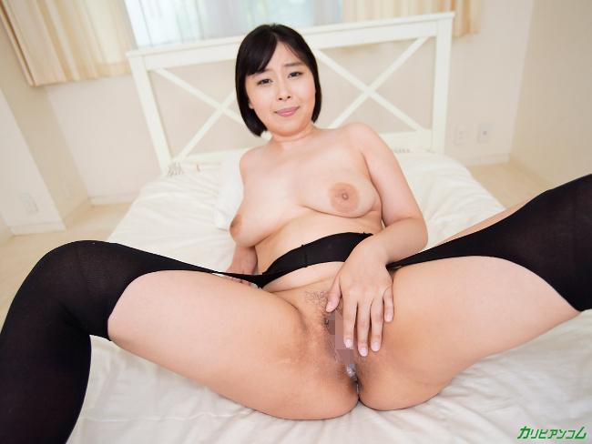 小川桃果 [VR] 美しい人に罵られたい 蒸れた黒パンスト美女が自ら激ピストンで勝手に絶頂 34
