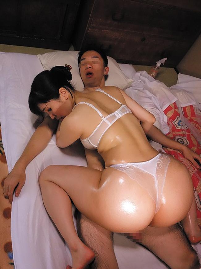 美人×爆乳×でか尻 どすけべ妻ナンパ はみ尻ミニスカギャルは超ヤリマン 1