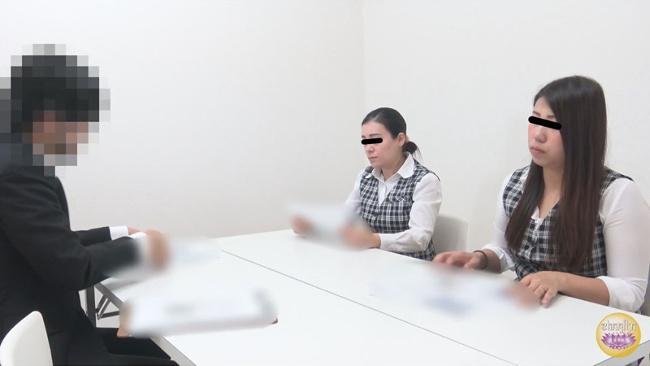 まじめOL オフィス屋上悪ノリおしっこ 21