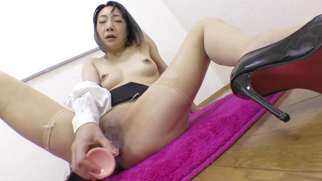 若林美保 女教師ディルドオナ 9