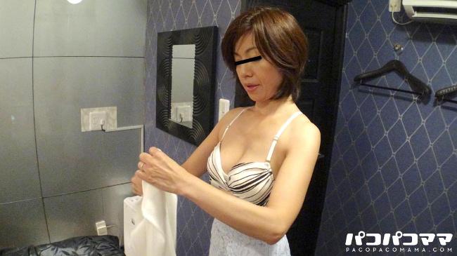 福山香織 ダブル不倫で欲求解消する人妻 パコパコママ 3