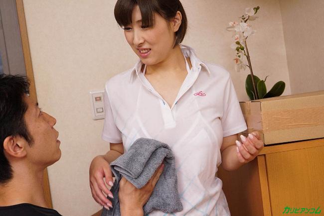 折原ほのか 女性配達員にお水をぶちまけてデカ乳がくっきり カリビアンコム 5