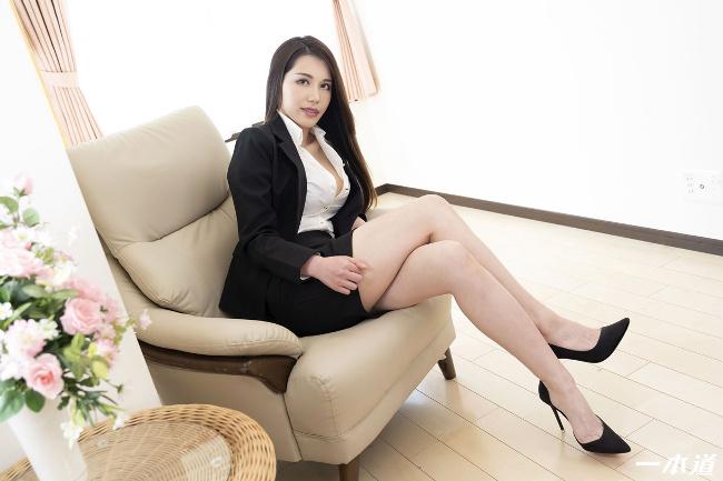 上山奈々 働きウーマン 仕事もセックスにも厳しいセクハラ女上司 一本道 1