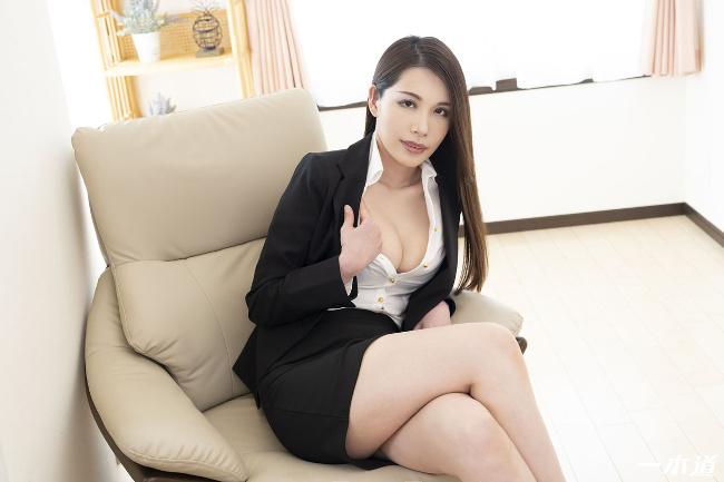 上山奈々 働きウーマン 仕事もセックスにも厳しいセクハラ女上司 一本道 2