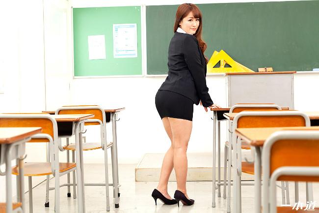 祈里きすみ 巨乳女教師の誘惑 一本道 3