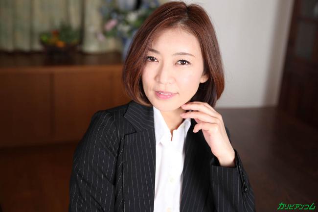 HITOMI 美熟女教師の本当に欲しいモノ カリビアンコム 2