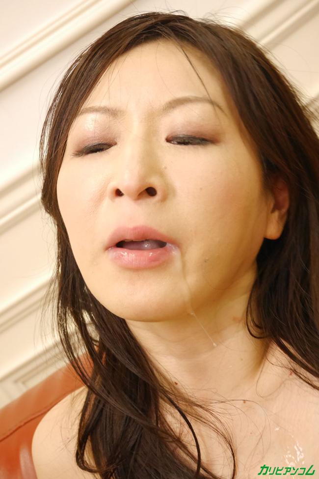 大橋ひとみ 四十路女優ドキュメント 潮を吹きイキまくる巨乳熟女 カリビアンコム 14